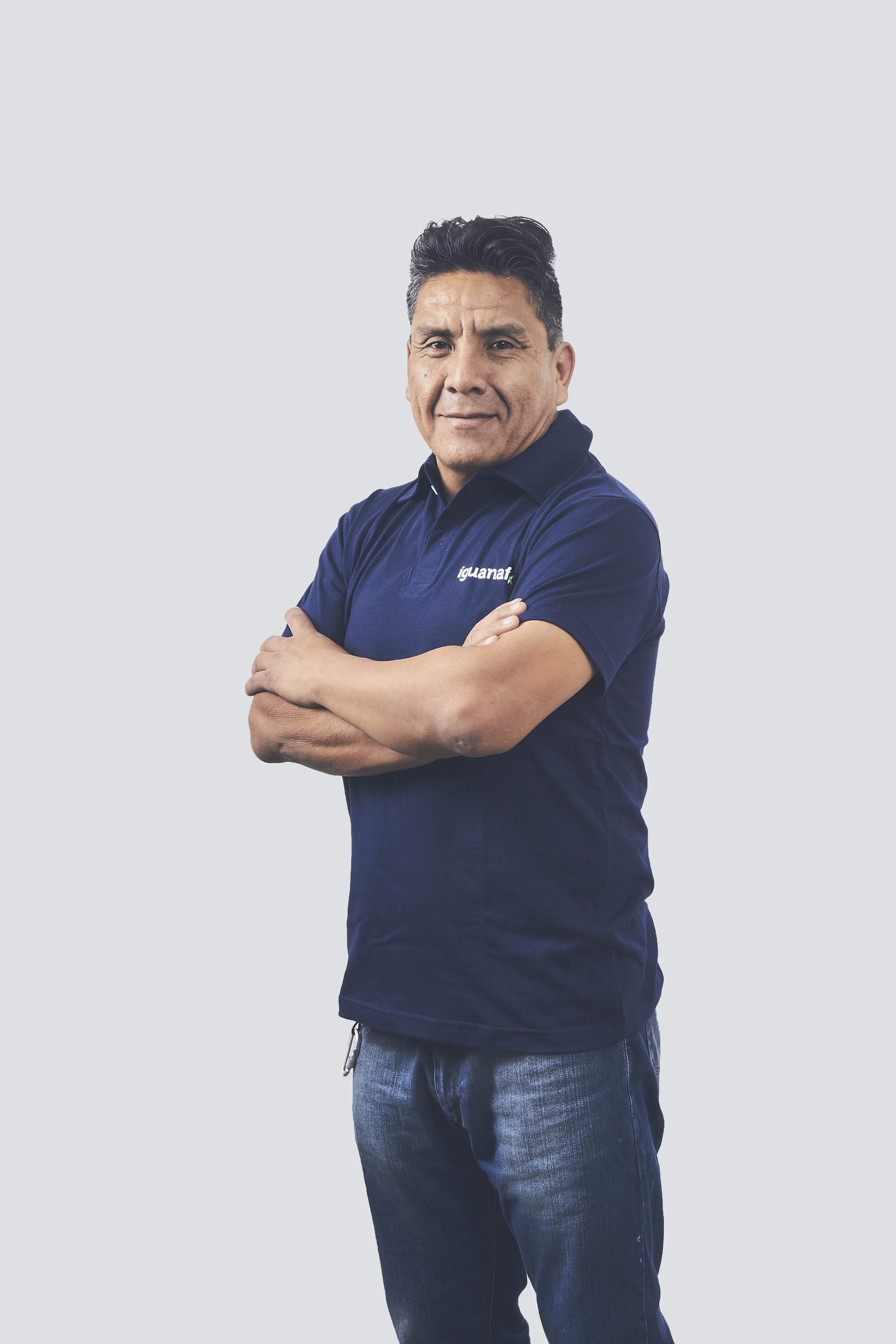 Willy vidaurre pintor plomero pisos alba il electricidad peque os trabajos maestro - Trabajo albanil sevilla ...
