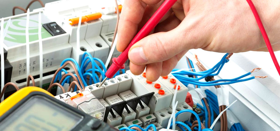 Mantenimiento preventivo eléctrico (Pentafón)